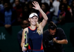 Father knows best for Wozniacki as dad calls the shots