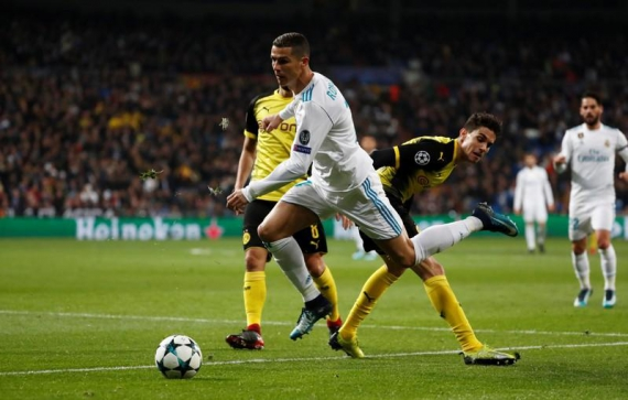 Ronaldo sets new Champions League scoring record