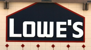 Lowe's nominates directors after 'constructive' talks with D.E. Shaw